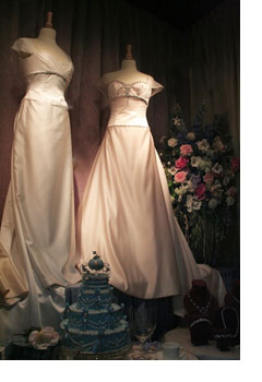 Old Fashioned Wedding Dresses Are Back
